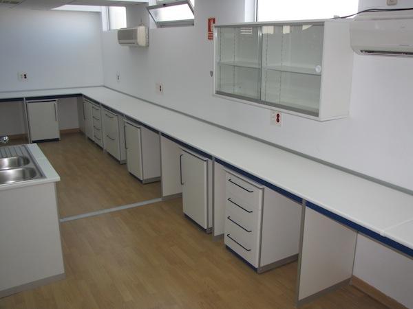 mesa mural laboratorio